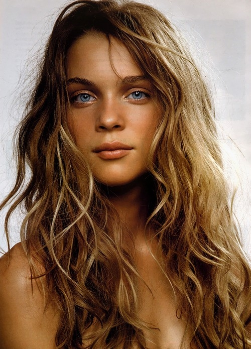 2014 Summer Beach Wavy Hairstyle | 2019 Haircuts, Hairstyles and .