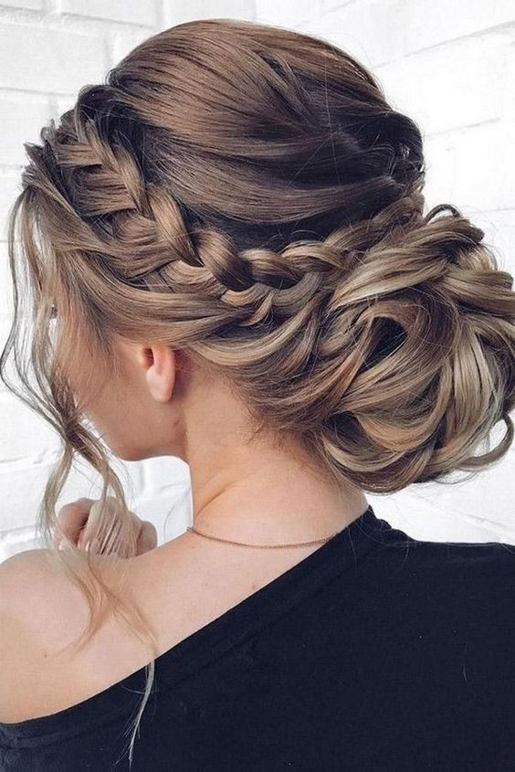 Beautiful Braided Updo Hairstyles For Women - Modern Updo Ideas .