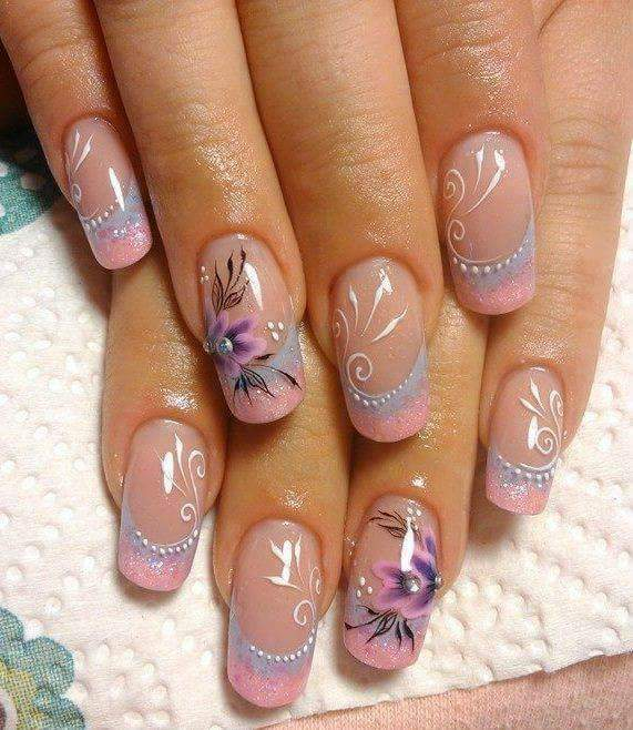 85+ Stunning Flower Nail Art Designs That are Insanely Beautif