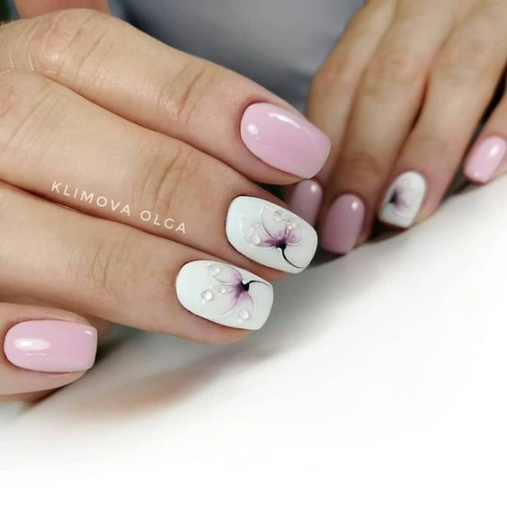 Beautiful Floral Nail Designs For Spring; Spring Nail Designs .