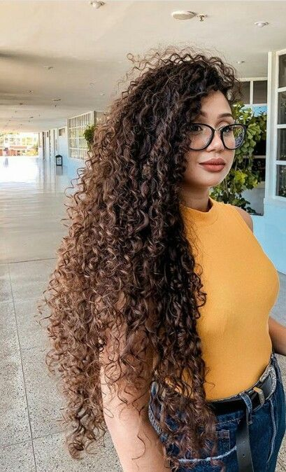 15 Most Cute Curly Hairstyles for Women Over 30 | Curly hair .