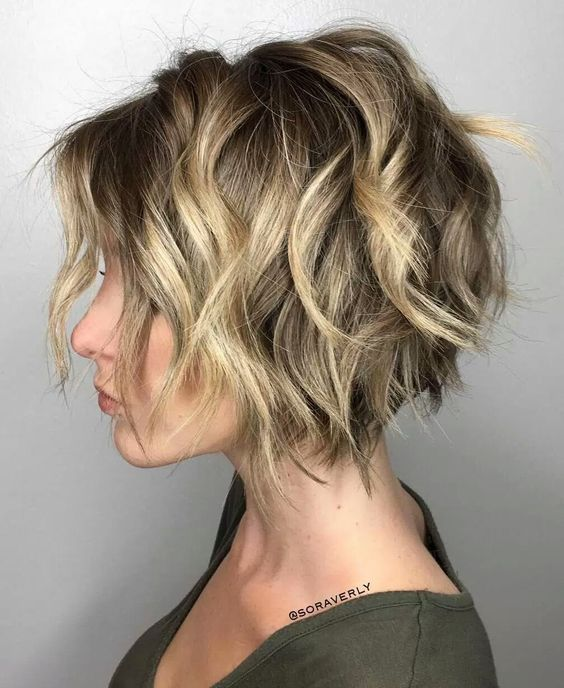 10 Trendy Messy Bob Hairstyles and Haircuts, 2020 Female Short .