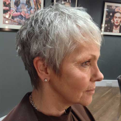25 Best Short Haircuts for Older Women with Thin Hair - Short Hair