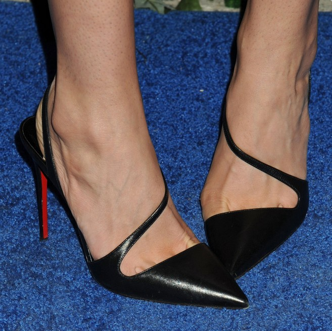 8 Black Slingbacks Celebrities Love - Pretty Desig