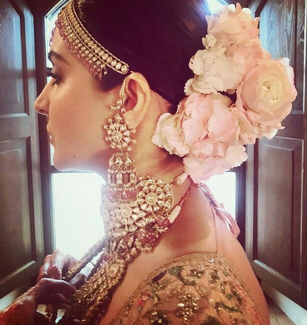 Bridal Hairstyle | Indian wedding hairstyles, Bridal hair bu