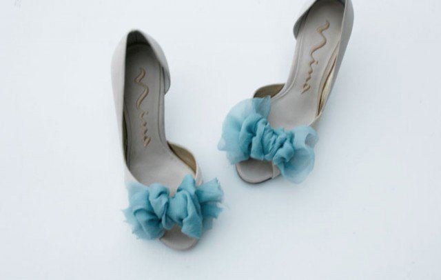 Bows Make Pretty Shoes: DIY Projects