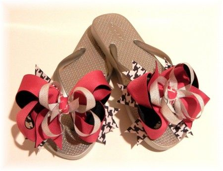 How to make bows for flip flops that are interchangeable! This is .