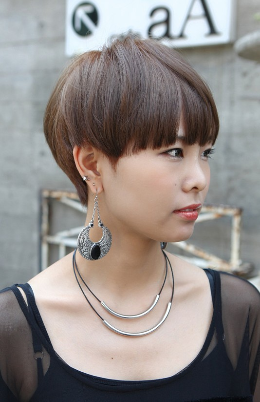 Boyish Short Haircut with Blunt Bangs - Asian Hairstyles 2013 .