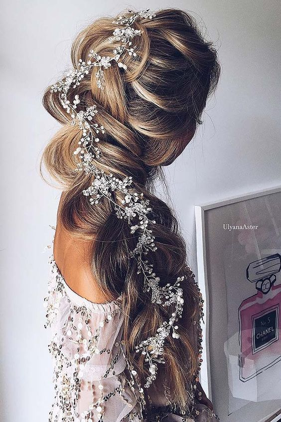 Stunning Wedding Hairstyles with Braids For Amazing Look in Your .
