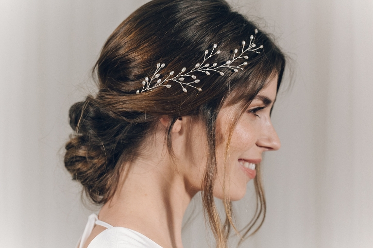 The right bridal headpiece for your wedding hairstyle | Jenn .