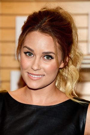 Nine Celebrity-Approved Hairstyles for the Holidays | Hair styles .