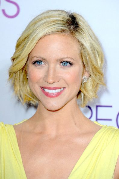 Brittany Snow Bob | Celebrity short hair, Chin length hair, Hair .
