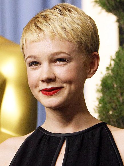 Predict-a-Gown! What Will Oscars Stars Wear? | Short hair styles .