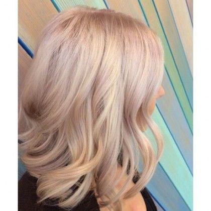 24 Champagne Blonde Hairstyles | Champagne hair color, Champagne .