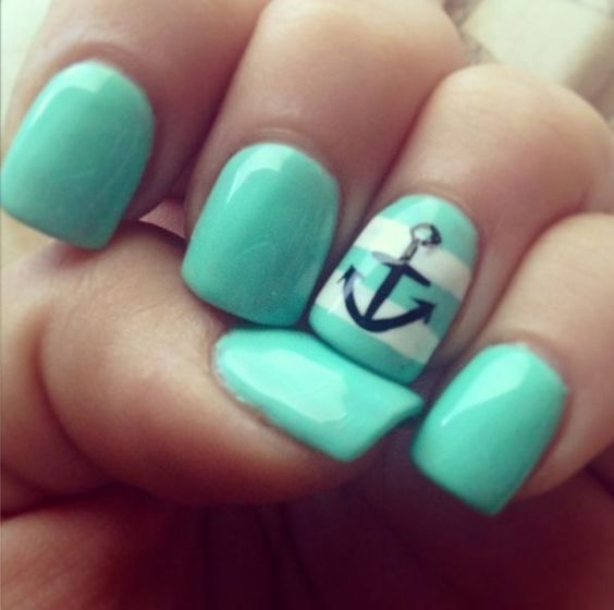 12 Chic Beachy Aqua Manicures For Summer - Nail Art Ideas in 2019 .