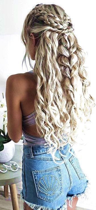 40 Popular Boho Hairstyles 2019 (With images) | Long hair girl .