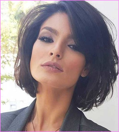 50 Chic Short Bob Hairstyles and Haircuts for Women in 2019 .