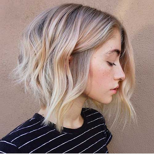 Wavy Short Hair Styles for Chic Ladies | Short-Haircut.c