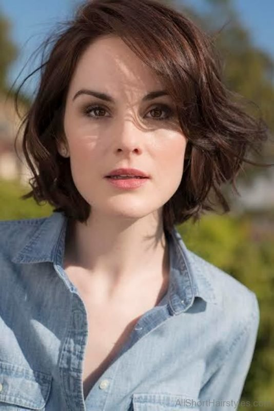 111 Stylish Short Wavy Hairstyles For Gir
