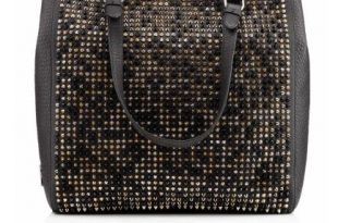 Christian Louboutin Fall Trendy Handbags - Pretty Desig