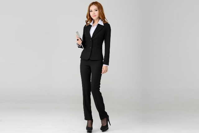 10 Classic And Chic Pantsuits Of Different Styles For Any Occasion .