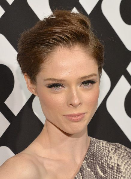 Cool Chic Short Side-Parted Hairstyles