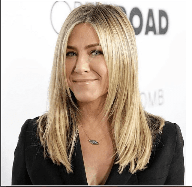21 of Jennifer Aniston's Most Iconic Hairstyl