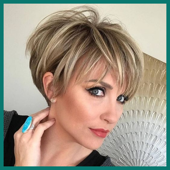 Short Hairstyle for Thick Hair 239899 Short Hairstyles 20 Cool .