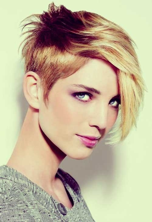 22 Cool Short Hairstyles for Thick Hair - Pretty Desig