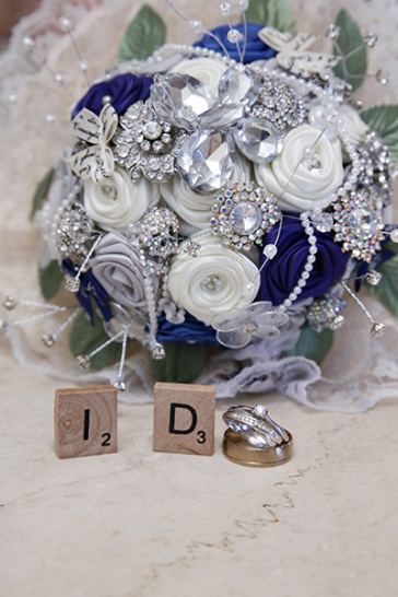 Must-Have Wedding Bouquet Accessories and Ideas – Tropicana LV .