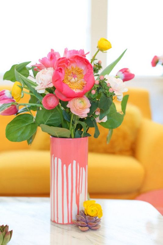 Chic DIY Vases As Pretty As The Flowers Themselves | the 101 | Diy .