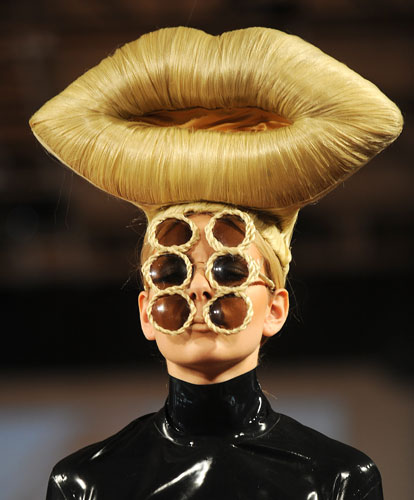 Crazy Creative Hairstyles - urfreetime.weebly.c