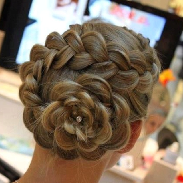 24 Gorgeously Creative Braided Hairstyles for Women | Styles Week