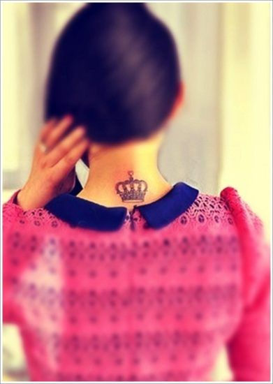 48 Crown Tattoo Ideas We Love | Crown neck tattoo, Small crown .