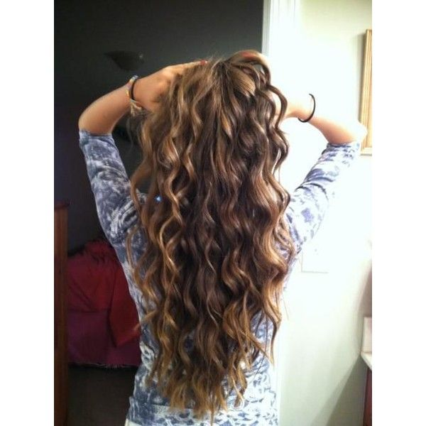 Curly Hairstyle to Have Beach Waves Tutorials ❤ liked on Polyvore .