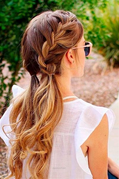 Lovely Cute Hairstyles for a First Date ☆ See more: glaminati.com .