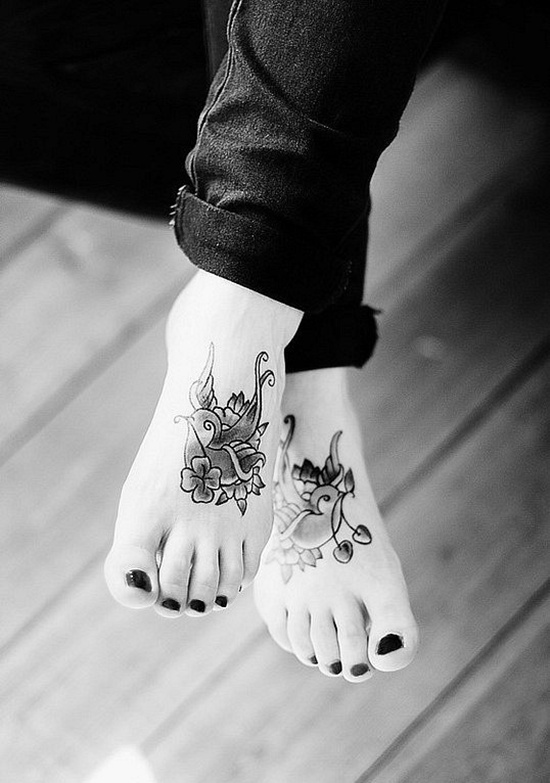 25+ Cute Foot Tattoos For Gir