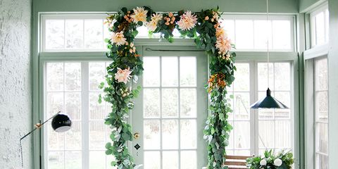 DIY Floral Garlands - How to Make Flower Garlands for Weddings .