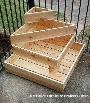 New DIY Pallet Projects and Ideas on a budget #palletprojects .
