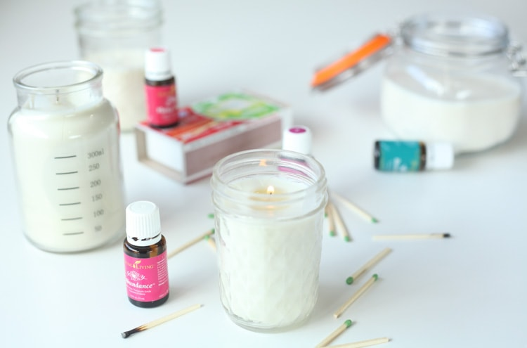 How to Make Scented Candles with Essential Oils {Video + Pos