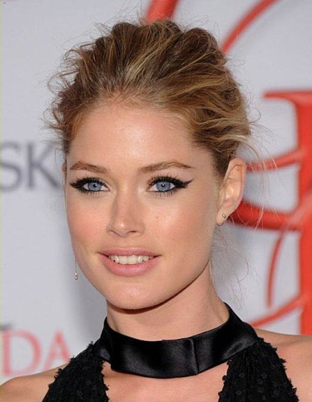 Doutzen Kroes' Messy Bun Hairstyle - Prom, Party, Formal .