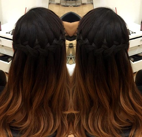 20 Easy and Pretty Hairstyles A Brunette Won't Miss | Styles Week