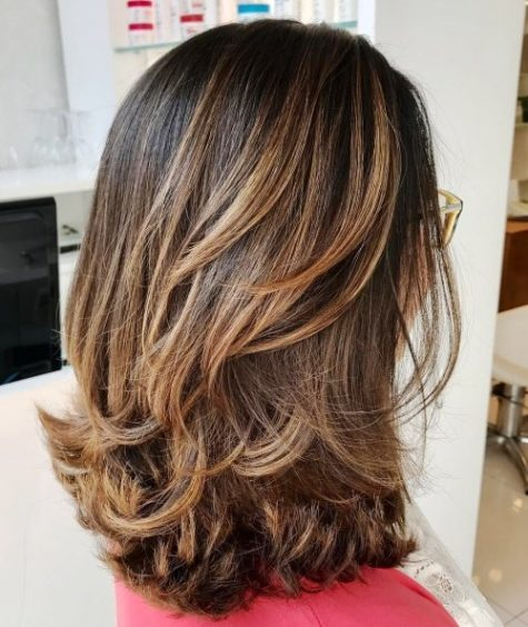 27 Super Easy Medium Length Hairstyles for Thick Ha