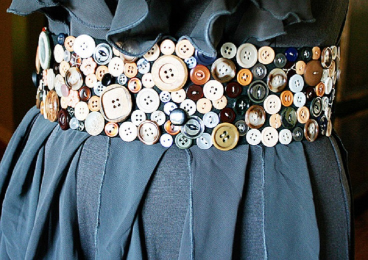 Easy DIY Buttons Jewelry Projects