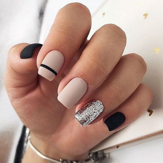 50 Elegant Nail Art Designs For Women 2019 - Page 31 of 50 .