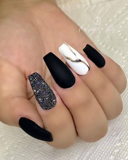12 Elegant Nail Art Ideas That You Can't Resist | TRENDIDE