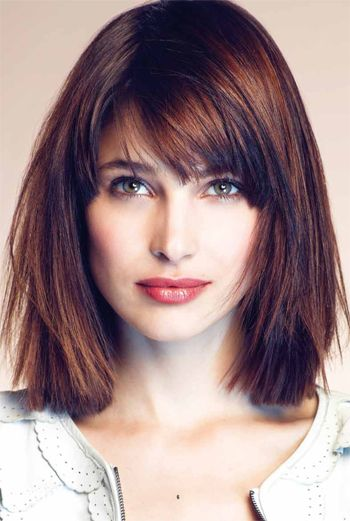 13 Fabulous Medium Hairstyles With Bangs - Pretty Desig