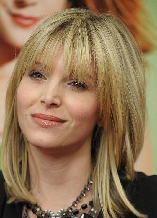12 Fabulous Medium Hairstyles with Bangs - Pretty Desig