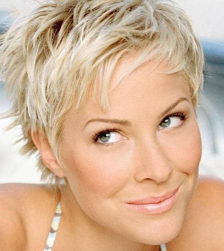 14 Fabulous Short Hairstyles for Women Over 40 - Pretty Desig