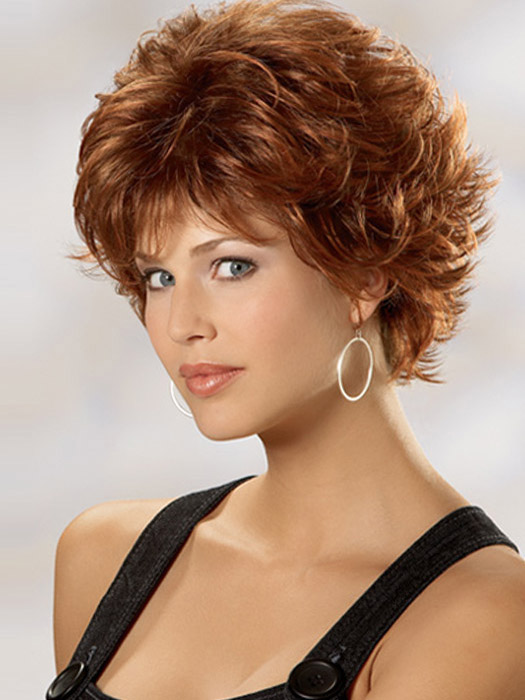16 Fabulous Short Hairstyles for Curly Hair | Olixe - Style .